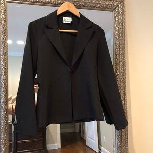 Jackets & Blazers - Black Short Blazer Sz S